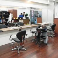 美容室 Black Biz 新宿2号店 店舗内装